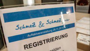 Aufsteller mit der Aufschrift Registrierung