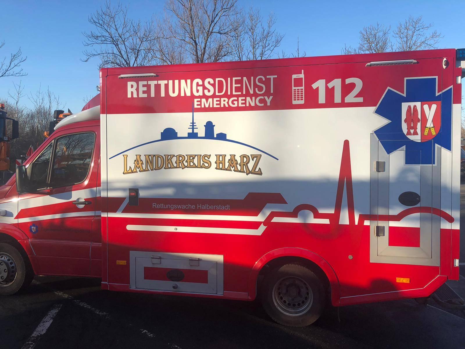 Der Rettungswagen des Notfallsanitäters. Foto: Finja Blume